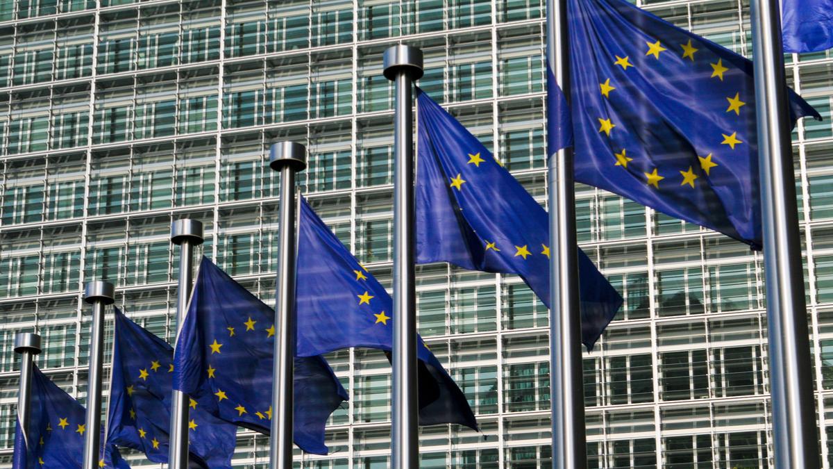 eu-flags-european-parliament-building